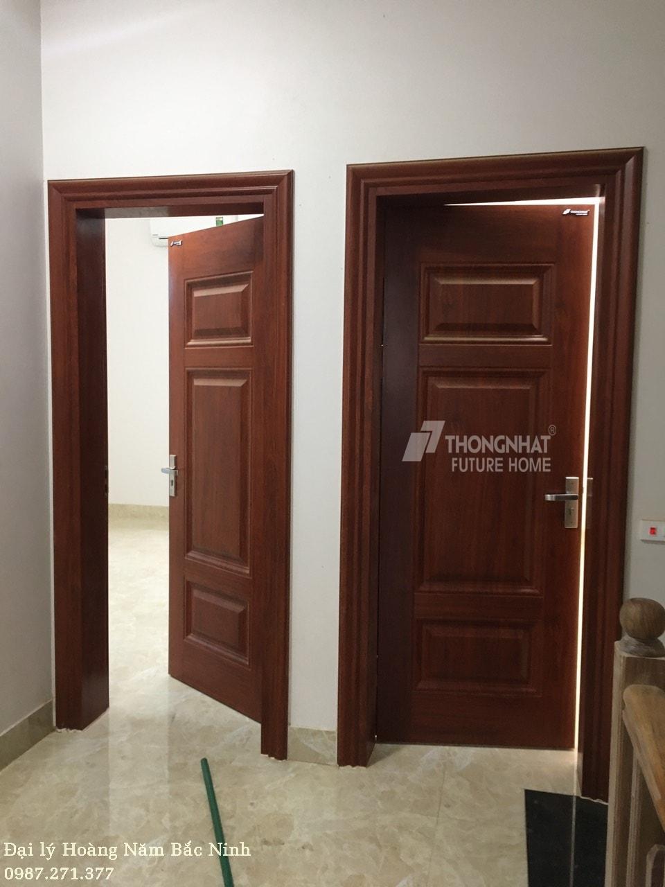Thăm công trình lắp đặt cửa thép vân gỗ tại Tiên Du Bắc Ninh